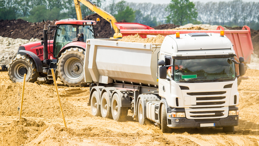 Aggregate deliveries on tippers 20 tonne & 10 tonne lorries